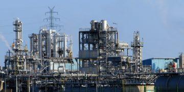 Точная обработка деталей для сложных операций и нефтехимической промышленности